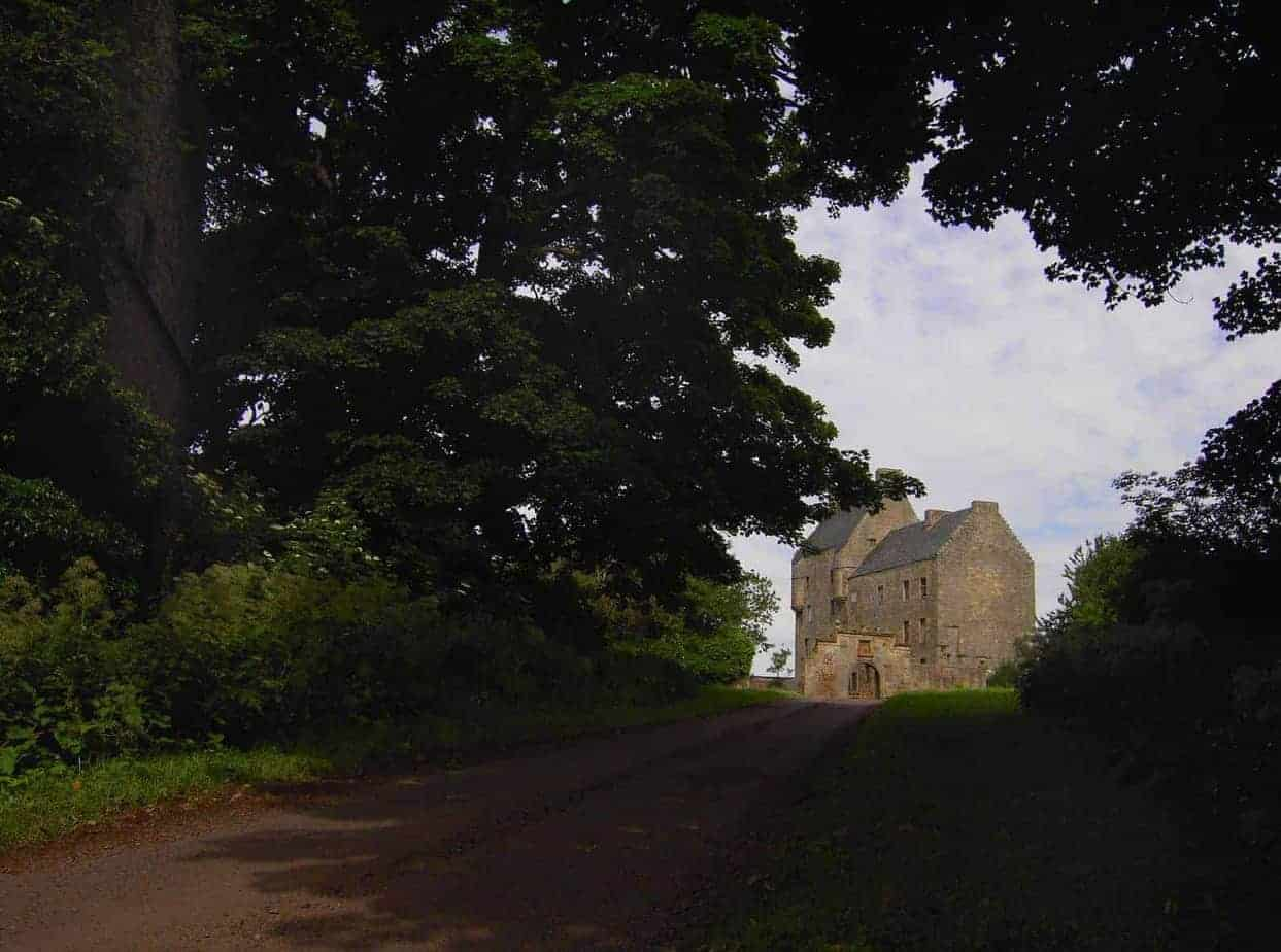 Escape Pod – Outlander TV and Book Series – Jamie, Claire, and Scotland